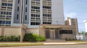 Apartamento En Ventaen Maracaibo, Paraiso, Venezuela, VE RAH: 18-15564
