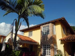 Casa En Ventaen Municipio San Diego, La Josefina I, Venezuela, VE RAH: 18-16333