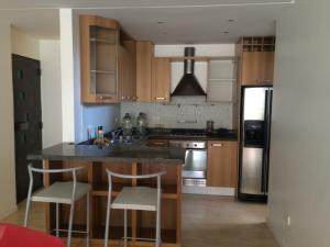 Apartamento En Alquileren Maracaibo, La Lago, Venezuela, VE RAH: 18-16352