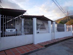 Casa En Ventaen La Victoria, La Mora Ii, Venezuela, VE RAH: 18-16363