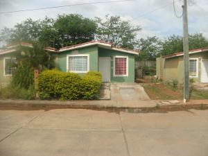 Casa En Ventaen Acarigua, Bosques De Camorucos, Venezuela, VE RAH: 18-16380