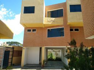 Townhouse En Ventaen Municipio Naguanagua, Manantial, Venezuela, VE RAH: 18-16430