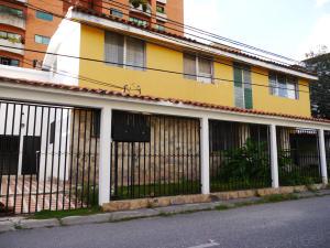 Casa En Ventaen Barquisimeto, Parroquia Santa Rosa, Venezuela, VE RAH: 18-16409