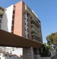 Apartamento En Ventaen Maracaibo, Las Delicias, Venezuela, VE RAH: 18-16435