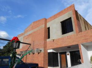 Casa En Ventaen Municipio San Diego, Pueblo De San Diego, Venezuela, VE RAH: 18-16471