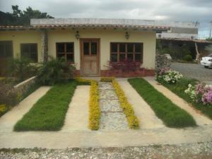 Casa En Ventaen Cabudare, Parroquia Agua Viva, Venezuela, VE RAH: 18-16473