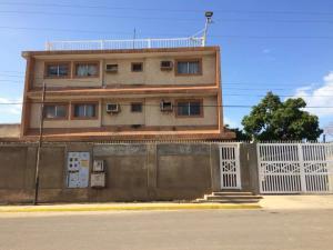 Galpon - Deposito En Ventaen Maracaibo, Avenida Milagro Norte, Venezuela, VE RAH: 18-16990