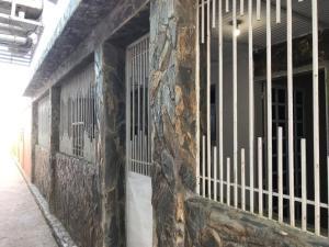 Casa En Ventaen Punto Fijo, Antiguo Aeropuerto, Venezuela, VE RAH: 18-16526