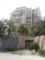 Apartamento En Ventaen Parroquia Caraballeda, Palmar Este, Venezuela, VE RAH: 18-16532