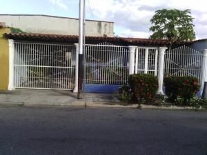 Casa En Ventaen Municipio Linares Alcantara, La Morita Ii, Venezuela, VE RAH: 18-16725