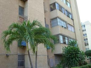 Apartamento En Ventaen Maracaibo, Avenida Goajira, Venezuela, VE RAH: 18-16639