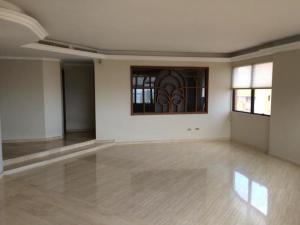 Apartamento En Alquileren Maracaibo, La Lago, Venezuela, VE RAH: 18-16621