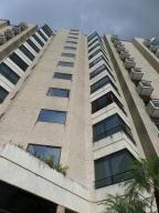 Apartamento En Alquileren Caracas, El Rosal, Venezuela, VE RAH: 18-16680