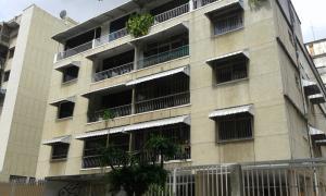 Apartamento En Ventaen Caracas, Bello Campo, Venezuela, VE RAH: 18-16696