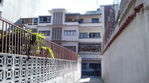 Apartamento En Ventaen Los Teques, Los Teques, Venezuela, VE RAH: 18-16705