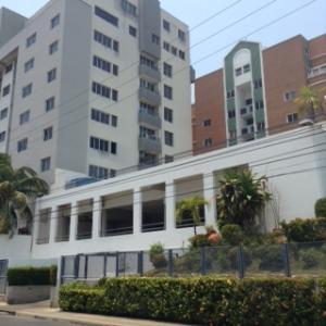 Apartamento En Ventaen Lecheria, El Morro I, Venezuela, VE RAH: 18-16710