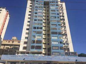 Apartamento En Ventaen Maracaibo, Avenida Bella Vista, Venezuela, VE RAH: 18-16716