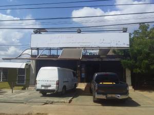 Local Comercial En Ventaen Municipio San Francisco, Kilometro 4, Venezuela, VE RAH: 18-16735