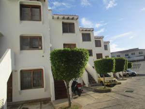 Apartamento En Ventaen Margarita, Pampatar, Venezuela, VE RAH: 18-16741