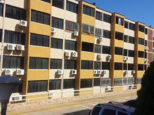 Apartamento En Ventaen Parroquia Caraballeda, La Llanada, Venezuela, VE RAH: 18-16743
