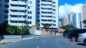 Apartamento En Ventaen Caracas, Lomas Del Avila, Venezuela, VE RAH: 18-16746