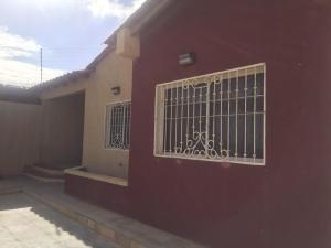 Casa En Ventaen Punto Fijo, Puerta Maraven, Venezuela, VE RAH: 18-16750