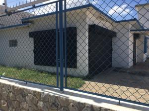 Local Comercial En Ventaen Maracaibo, Dr Portillo, Venezuela, VE RAH: 18-16770