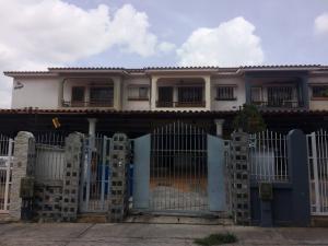 Townhouse En Ventaen Valencia, El Bosque, Venezuela, VE RAH: 19-1677