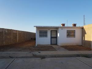 Casa En Ventaen Coro, Villa Sabana, Venezuela, VE RAH: 18-16887