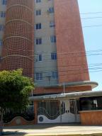 Apartamento En Ventaen Maracaibo, Valle Frio, Venezuela, VE RAH: 18-16907