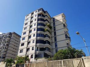 Apartamento En Ventaen Parroquia Caraballeda, Los Corales, Venezuela, VE RAH: 18-16919