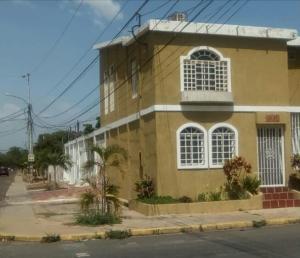 Casa En Ventaen Municipio San Francisco, Sierra Maestra, Venezuela, VE RAH: 18-16933