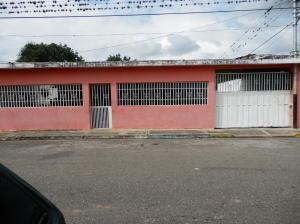 Casa En Ventaen Yaritagua, Municipio Peña, Venezuela, VE RAH: 18-16956