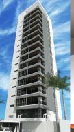 Apartamento En Ventaen Maracaibo, Avenida Universidad, Venezuela, VE RAH: 18-16995