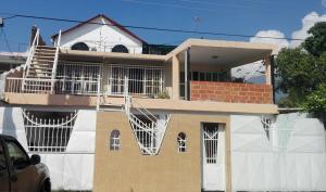 Casa En Ventaen Municipio Diego Ibarra, Mariara, Venezuela, VE RAH: 18-16998
