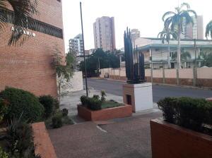 Apartamento En Ventaen Maracaibo, Avenida Bella Vista, Venezuela, VE RAH: 18-17009
