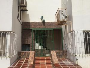 Apartamento En Ventaen Punto Fijo, Casacoima, Venezuela, VE RAH: 18-17013