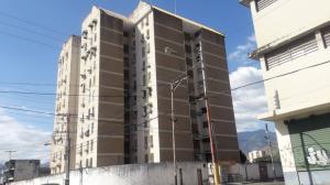 Apartamento En Ventaen Maracay, Zona Centro, Venezuela, VE RAH: 18-17015