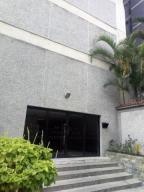 Apartamento En Ventaen Los Teques, Los Teques, Venezuela, VE RAH: 19-1985