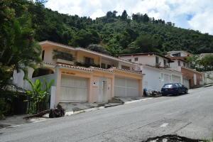Casa En Ventaen Caracas, Prados Del Este, Venezuela, VE RAH: 19-702