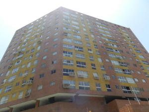 Apartamento En Ventaen Caracas, Colinas De Santa Monica, Venezuela, VE RAH: 18-17037