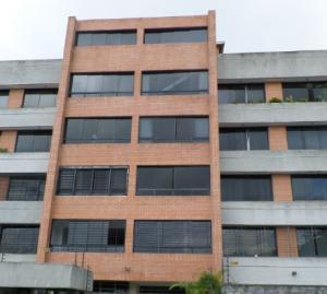 Apartamento En Ventaen San Antonio De Los Altos, Parque El Retiro, Venezuela, VE RAH: 18-17039