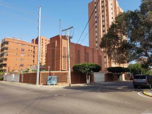 Edificio En Alquileren Maracaibo, La Lago, Venezuela, VE RAH: 18-17047