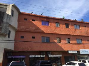 Apartamento En Ventaen Ciudad Ojeda, Avenida Bolivar, Venezuela, VE RAH: 18-17051