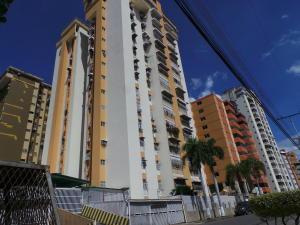 Apartamento En Ventaen Maracay, Andres Bello, Venezuela, VE RAH: 18-17061