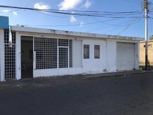 Casa En Ventaen Punto Fijo, Ali Primera, Venezuela, VE RAH: 18-17099