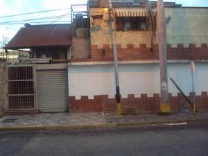 Local Comercial En Alquileren Maracay, El Bosque, Venezuela, VE RAH: 19-834