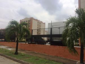 Apartamento En Ventaen Municipio Naguanagua, El Rincon, Venezuela, VE RAH: 19-36