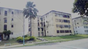 Apartamento En Ventaen Valencia, Flor Amarillo, Venezuela, VE RAH: 19-8305