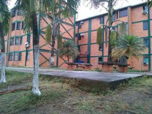 Apartamento En Ventaen San Felipe, Cocorote, Venezuela, VE RAH: 19-66